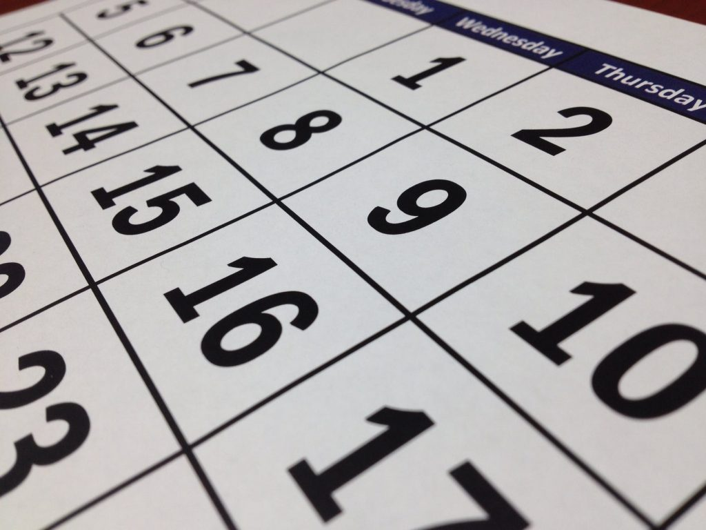 A calendar to help you decide should you hire movers for a local relocation or not.