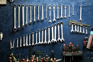 Pack your garage tools that are on display on the rack