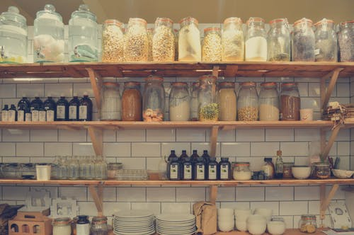 Do not let many kitchen items discourage you from packing efficienlty