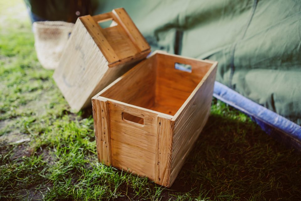 Pros and cons of using wooden crates for packing