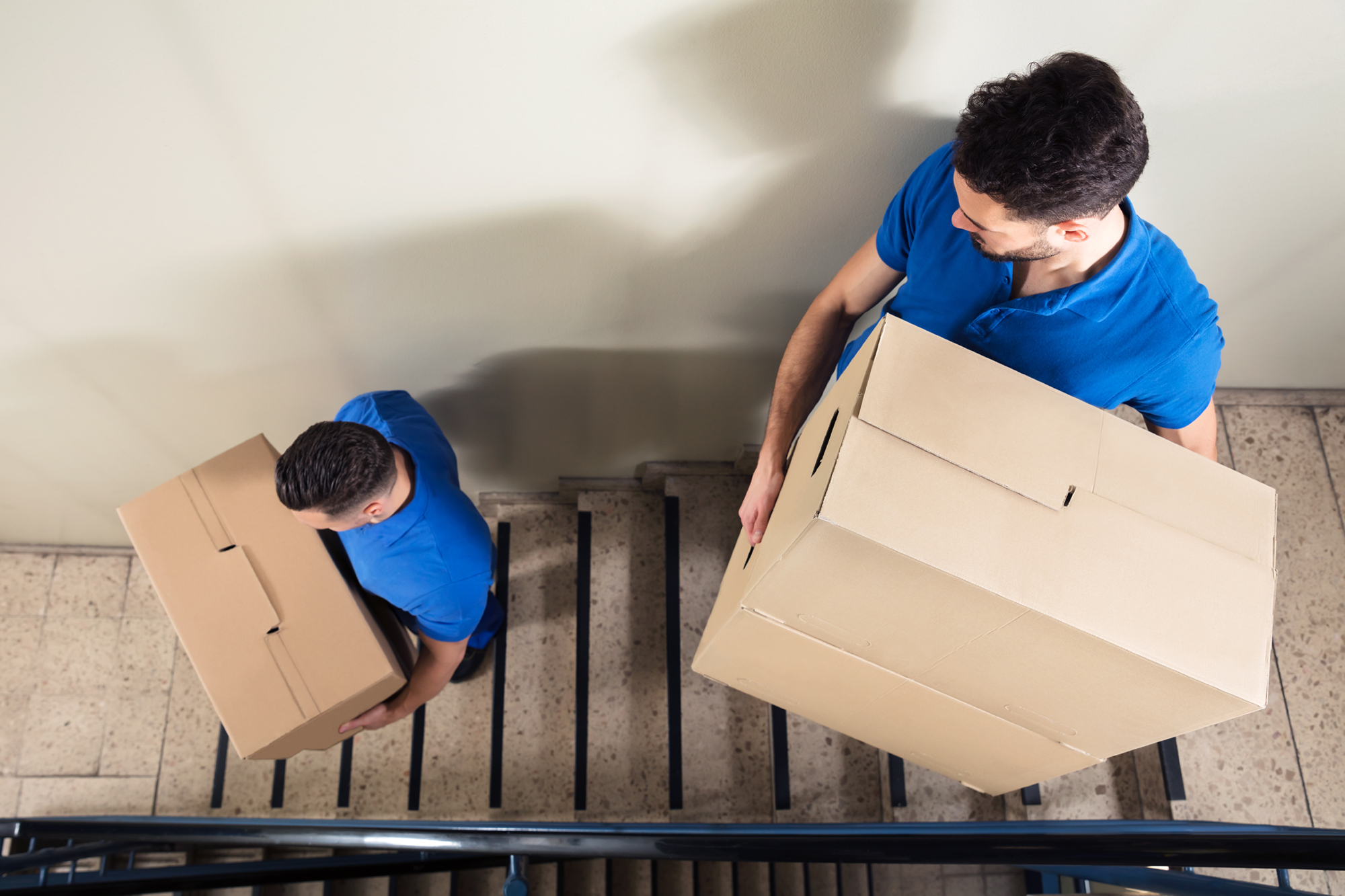 Hire Professional Movers If You Want to Avoid Moving Stress