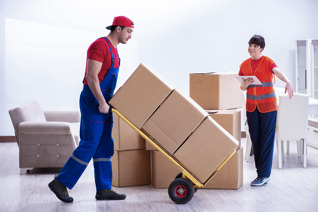 Traditional Movers Service In Action